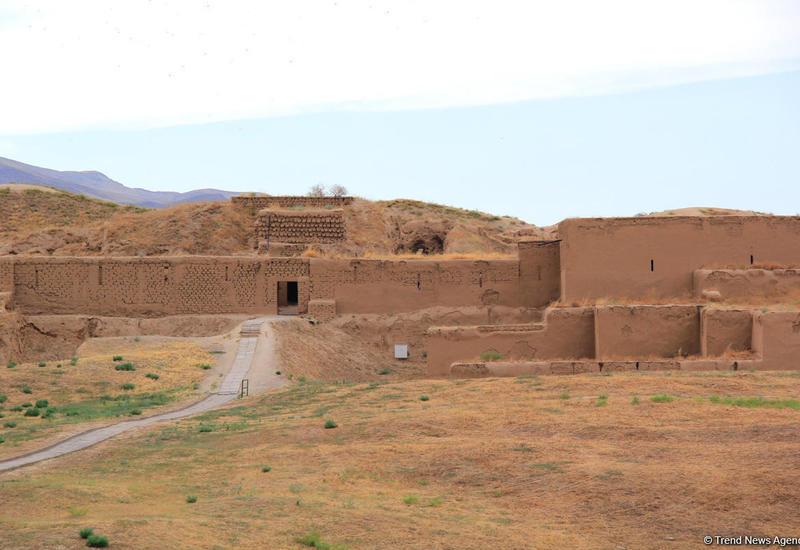 Восхитительный Туркменистан: древняя Ниса, ахалтекинские скакуны, удивительные экспонаты