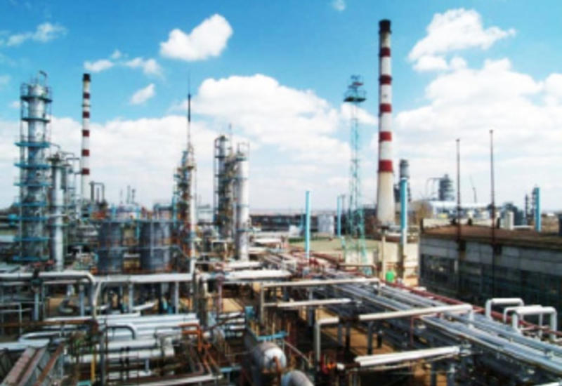Азербайджан увеличил импорт химпродуктов из Турции