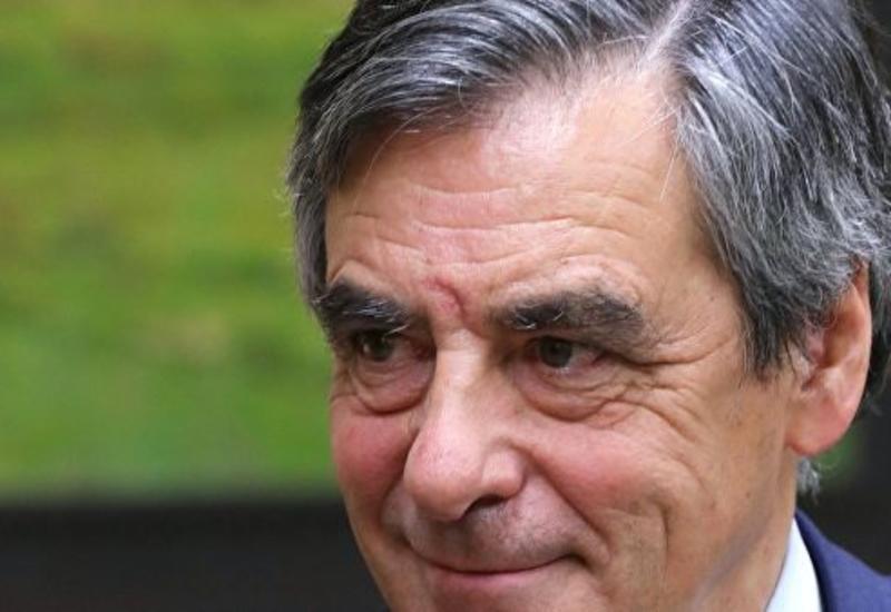 Экс-премьер Франции предстанет перед судом