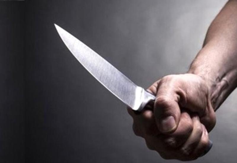Bakıda gəncə bıçaqla xəsarət yetirilib