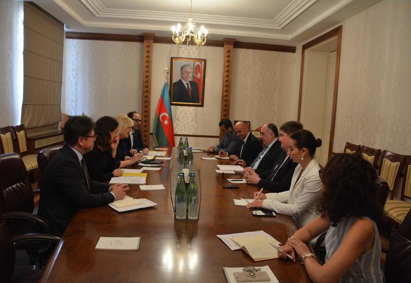Эльмар Мамедъяров на переговорах с комиссаром по правам человека Совета Европы