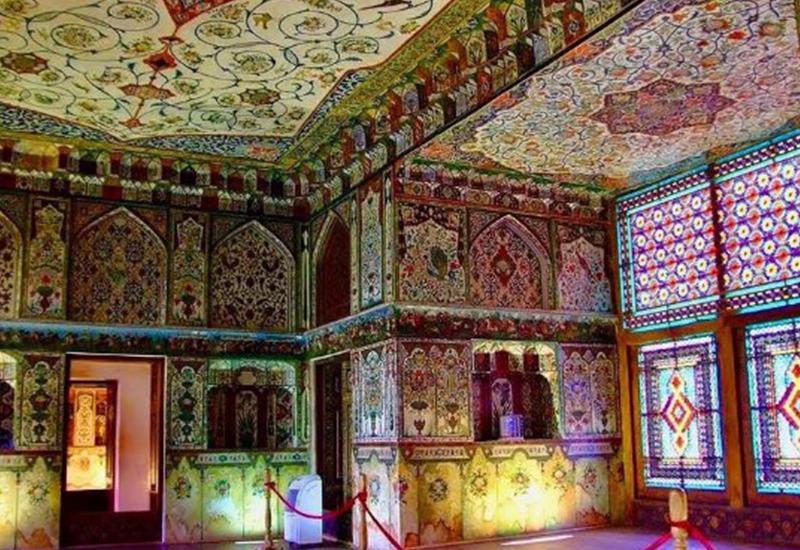 Шекинский дворец содержит много символов и знаков, и хорошо, что в ЮНЕСКО это заметили