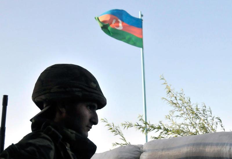 На линии соприкосновения армянских и азербайджанских войск относительно спокойно
