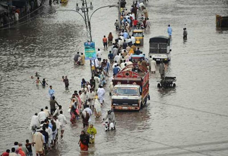 Наводнения в Пакистане, погибли десятки человек