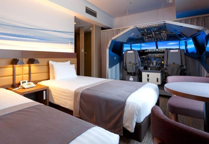 В японском отеле можно будет снять номер с авиасимулятором