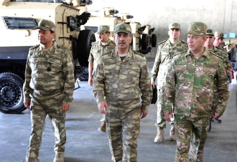 В Азербайджане массово проверяют воинские части