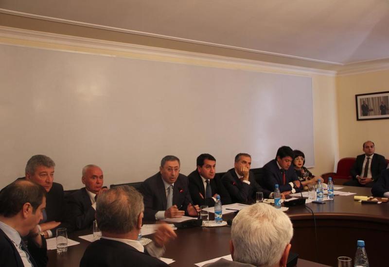 В Баку обсудили внешнюю политику Азербайджана