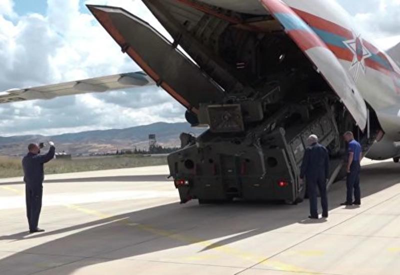 В Турции приземлился еще один самолет с элементами С-400