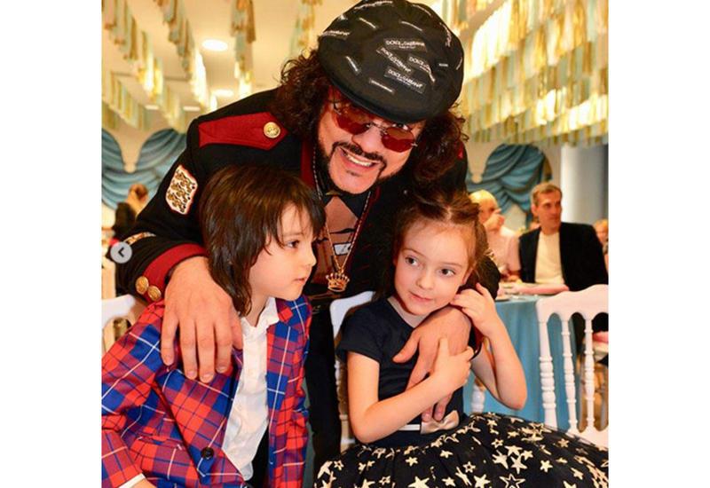 Филипп Киркоров приедет в Баку со своими детьми