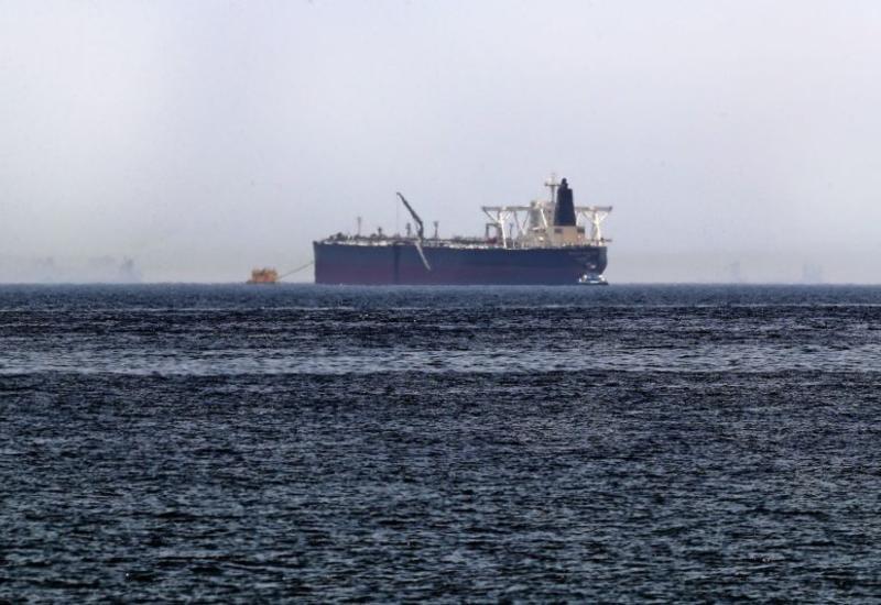 Иран задержал танкер с контрабандным топливом в Персидском заливе