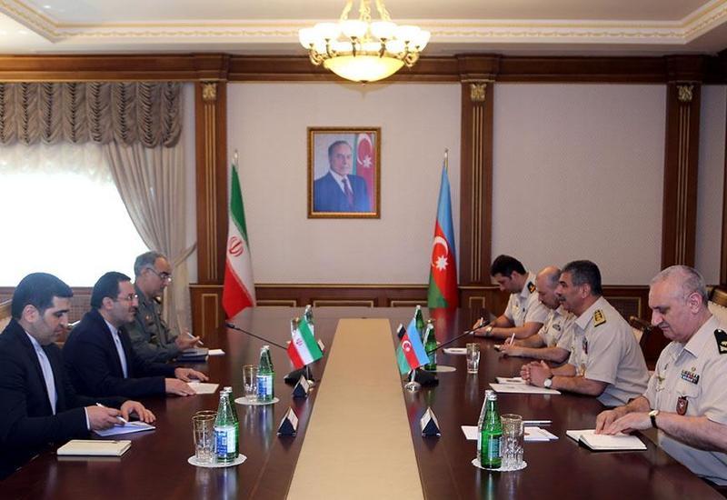 Закир Гасанов на переговорах с послом Ирана