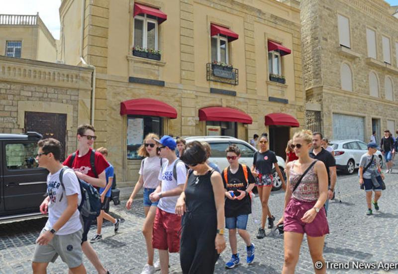 Туристов в Азербайджане стало больше