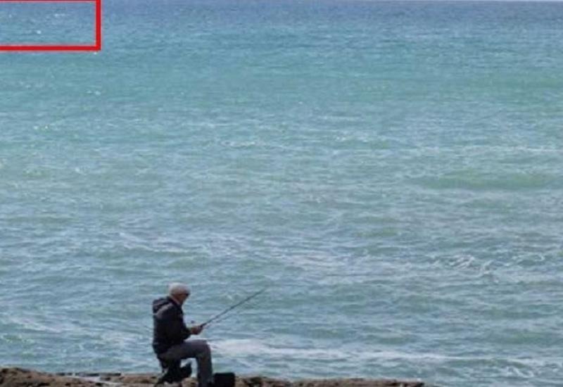 На пляже в Новханы людей ужаснуло огромное странное существо