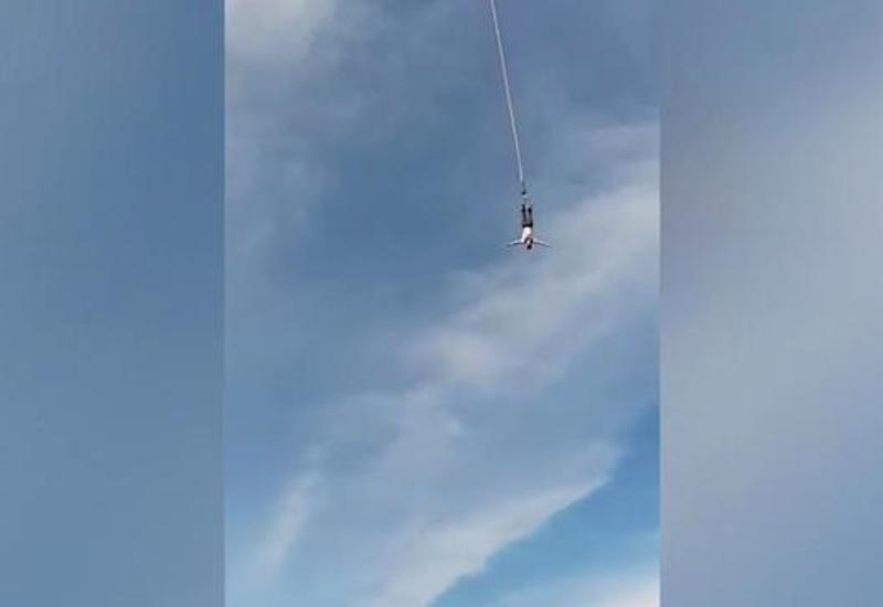 Момент, как джампер сломал позвоночник, упав с высоты 100 м, попал на камеры