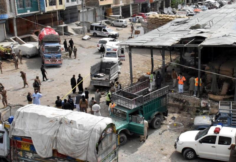 На рынке в Пакистане прогремел взрыв, есть погибшие и раненые