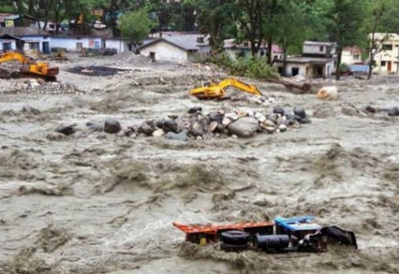 Наводнения в Индии: погибли десятки человек