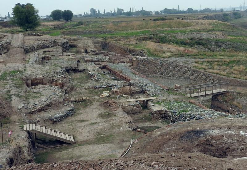 В Азербайджане проводятся археологические раскопки совместно с японскими учеными