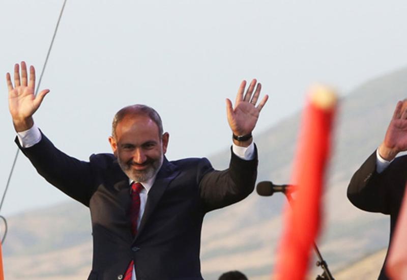 Популист Пашинян отказался от спасения Армении