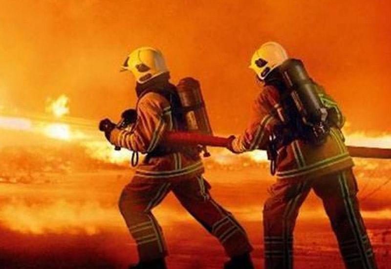 В Стамбуле горит военный полигон