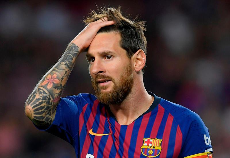 «Барселона» решила сокращать зарплату Месси за каждый день отсутствия