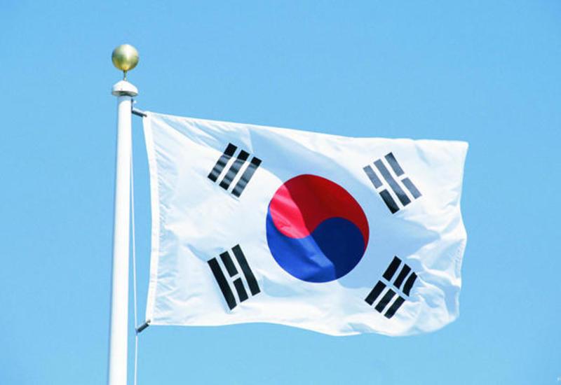Южная Корея приостановила процесс исключения Японии из числа основных торговых партнеров