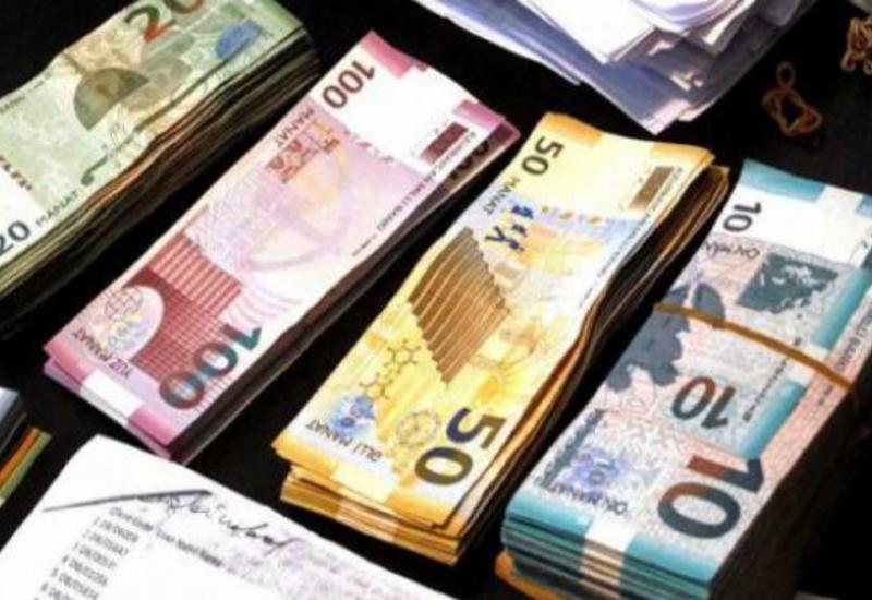 В Азербайджане повысили зарплату этим лицам