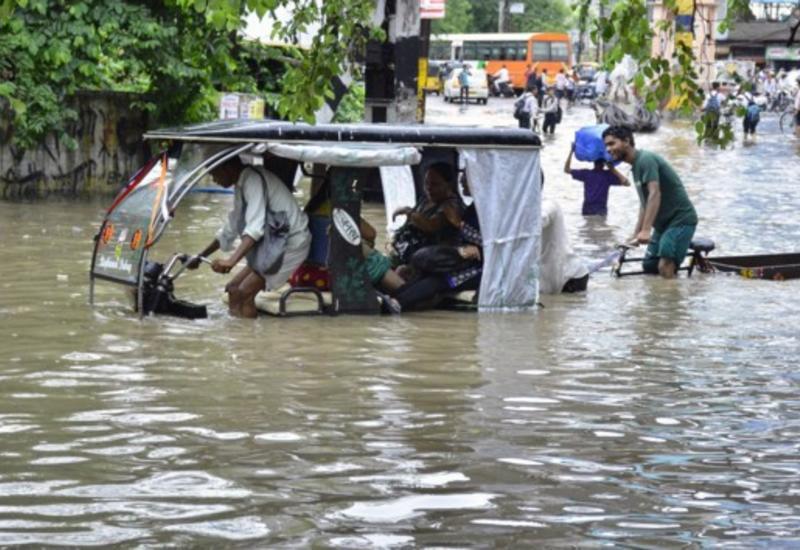Наводнения на юге Индии: число жертв возросло до 42 человек
