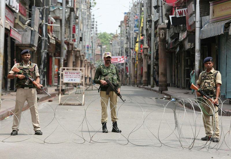 В Пакистане готовы прибегнуть к военным мерам в случае эскалации в Кашмире