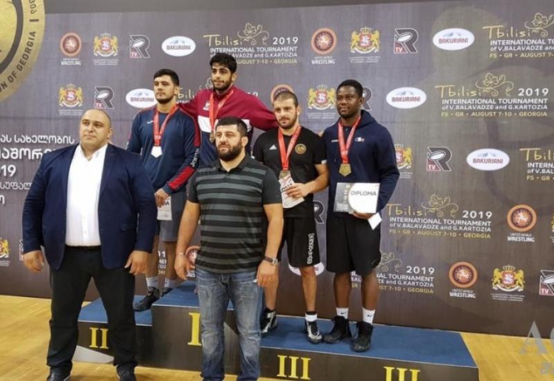 Азербайджанские борцы завоевали пять медалей в Тбилиси