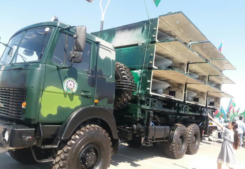 На военной выставке в Баку продемонстрировали супероружие