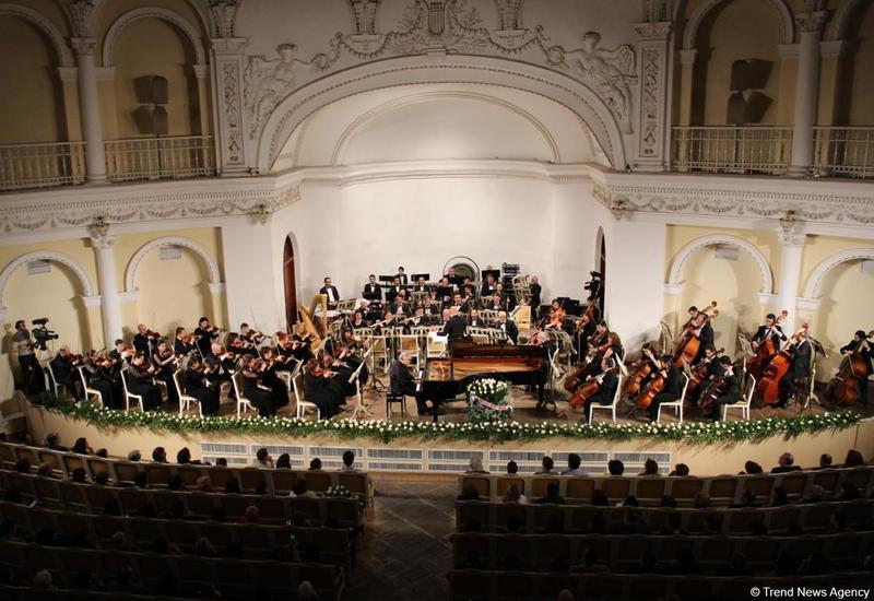 """В Баку впервые прозвучит """"Concerto Cantabile"""" Родиона Щедрина"""
