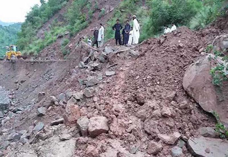Оползень в Пакистане, есть погибшие и пострадавшие