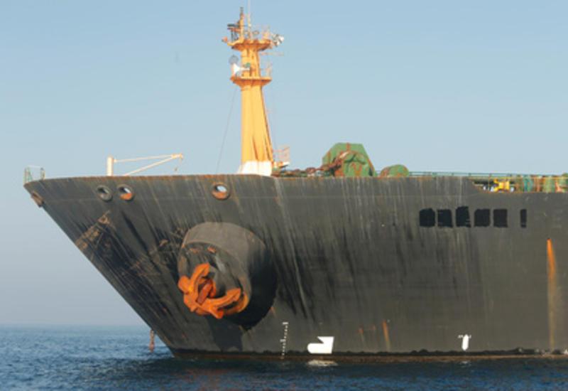 США решили задержать иранский танкер