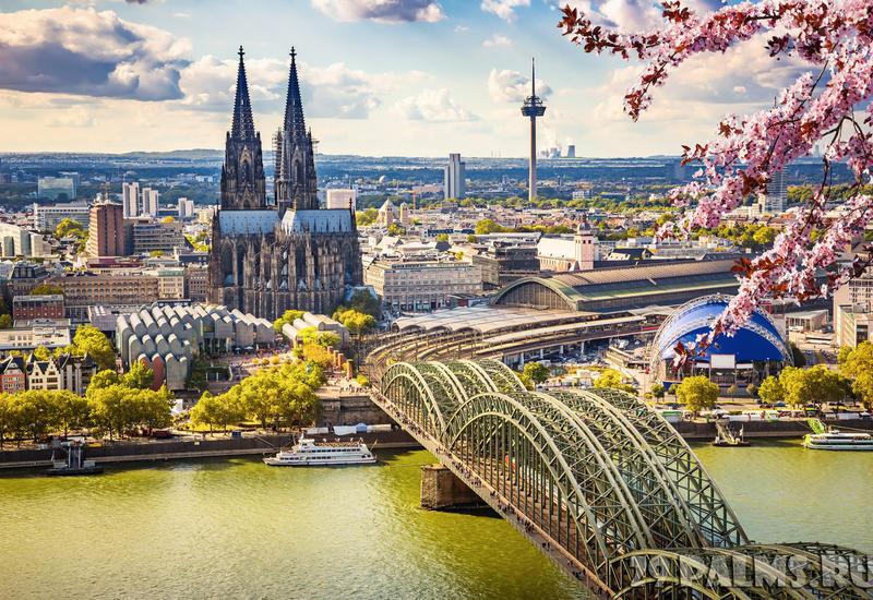 Германия собирается депортировать беженцев за отпуск на родине