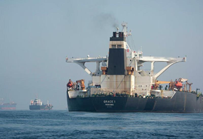 Стало известно, когда иранский танкер может покинуть Гибралтар