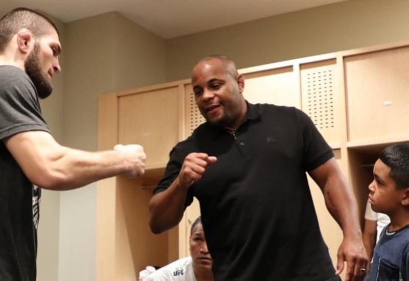 Нурмагомедов: Кормье уже доказал, что он является одним из лучших бойцов в истории UFC