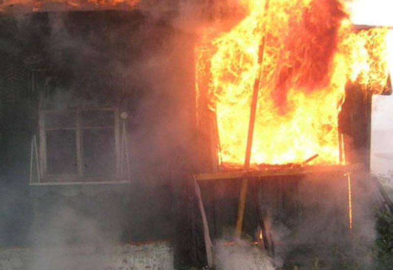 Ужасный пожар в Шамкире: заживо сгорел двухлетний ребенок