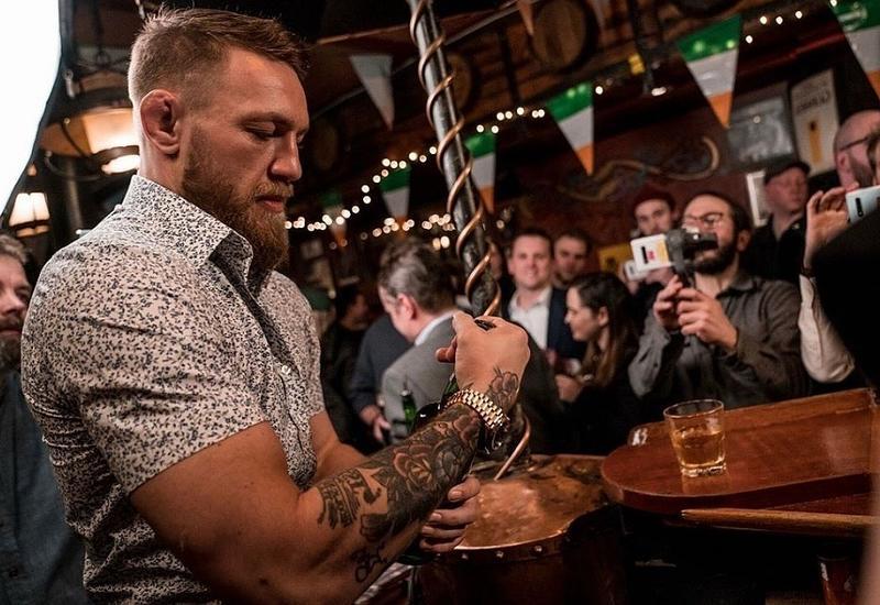 Стало известно, как пожилой мужчина спровоцировал Макгрегора в баре