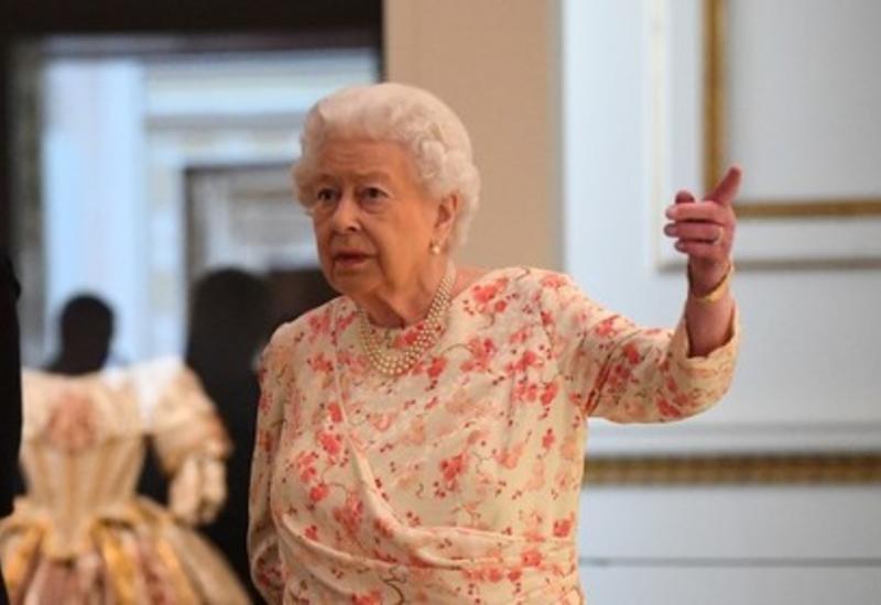 Королева ввела для Меган Маркл новый запрет