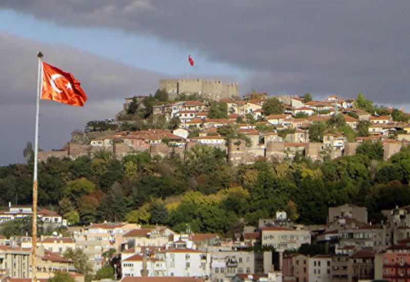В Турции отстранили от должности мэров трех городов за связи с РПК