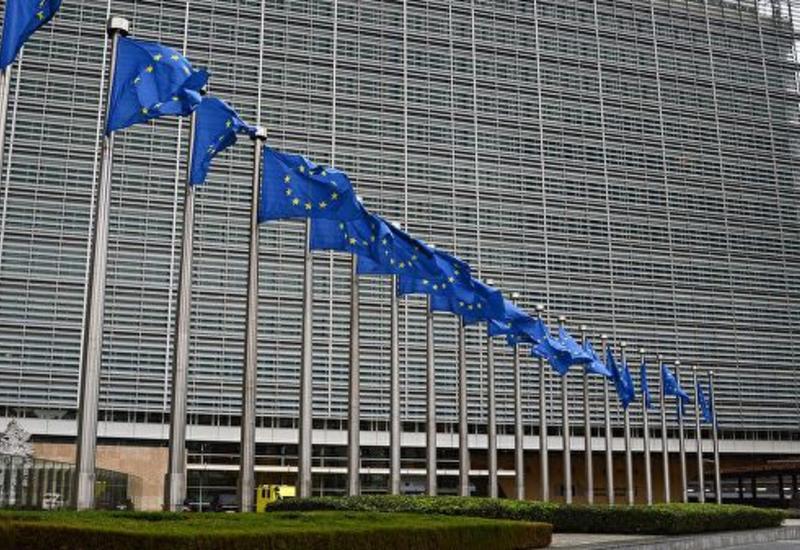 """ЕС вернется к определению """"черного списка"""" стран по отмыванию денег"""