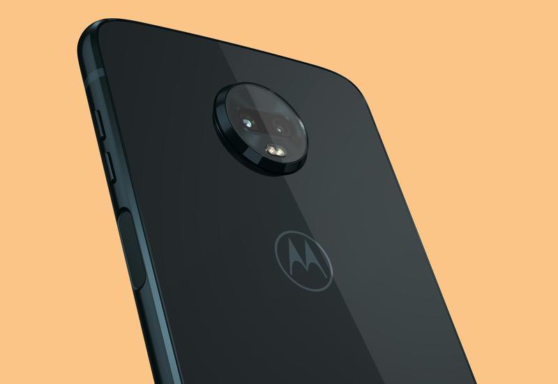 Motorola встроила в смартфон экшн-камеру
