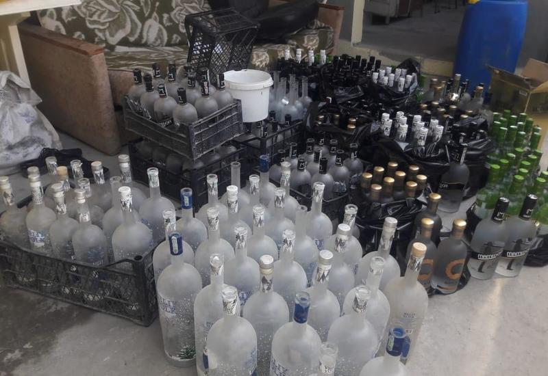 В Гяндже закрыли цех по производству поддельного алкоголя