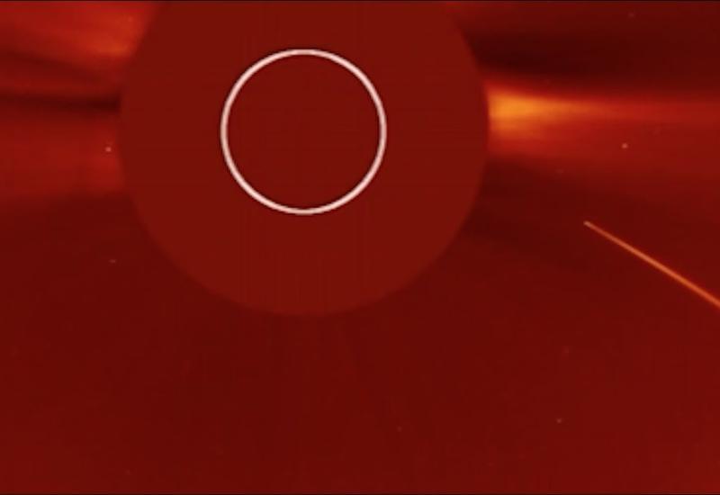 Ученые сняли момент столкновения кометы с Солнцем