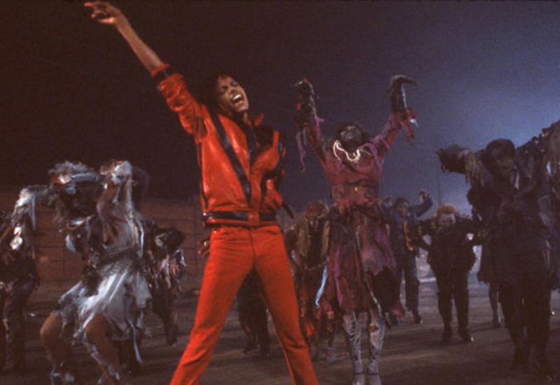 Малыш, танцующий под Майкла Джексона, стал звездой соцсетей