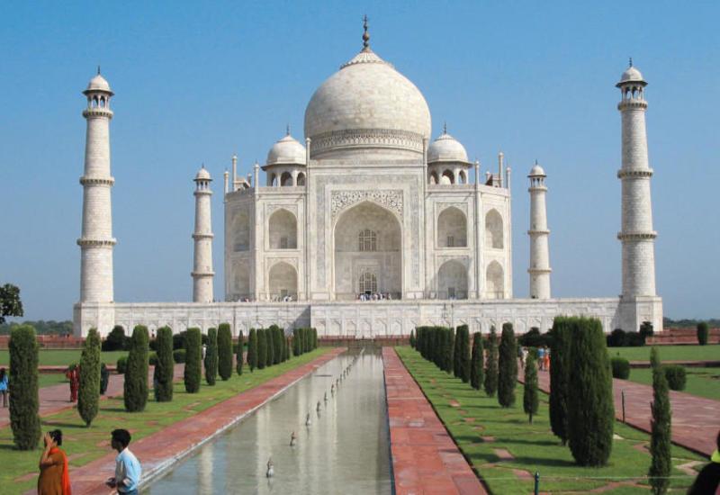Азербайджан будет привлекать все больше туристов из Индии