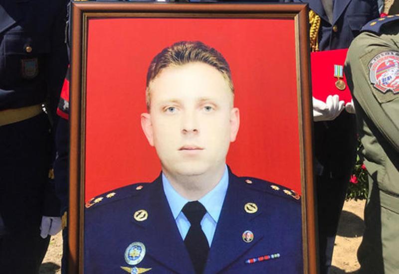 В Баку похоронили пилота потерпевшего крушение МиГ-29