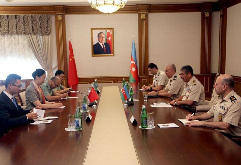 Закир Гасанов на переговорах с послом Китая