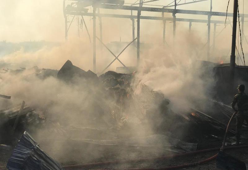 Минздрав о состоянии пострадавших в результате пожара на крупном рынке в Баку