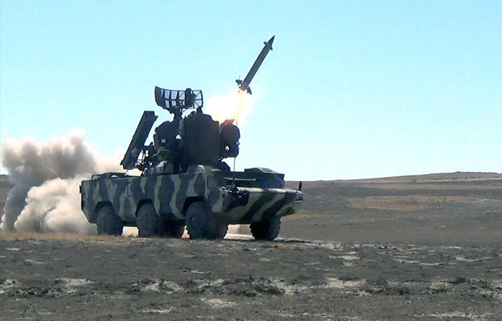 Учения ПВО Азербайджана с боевыми стрельбами